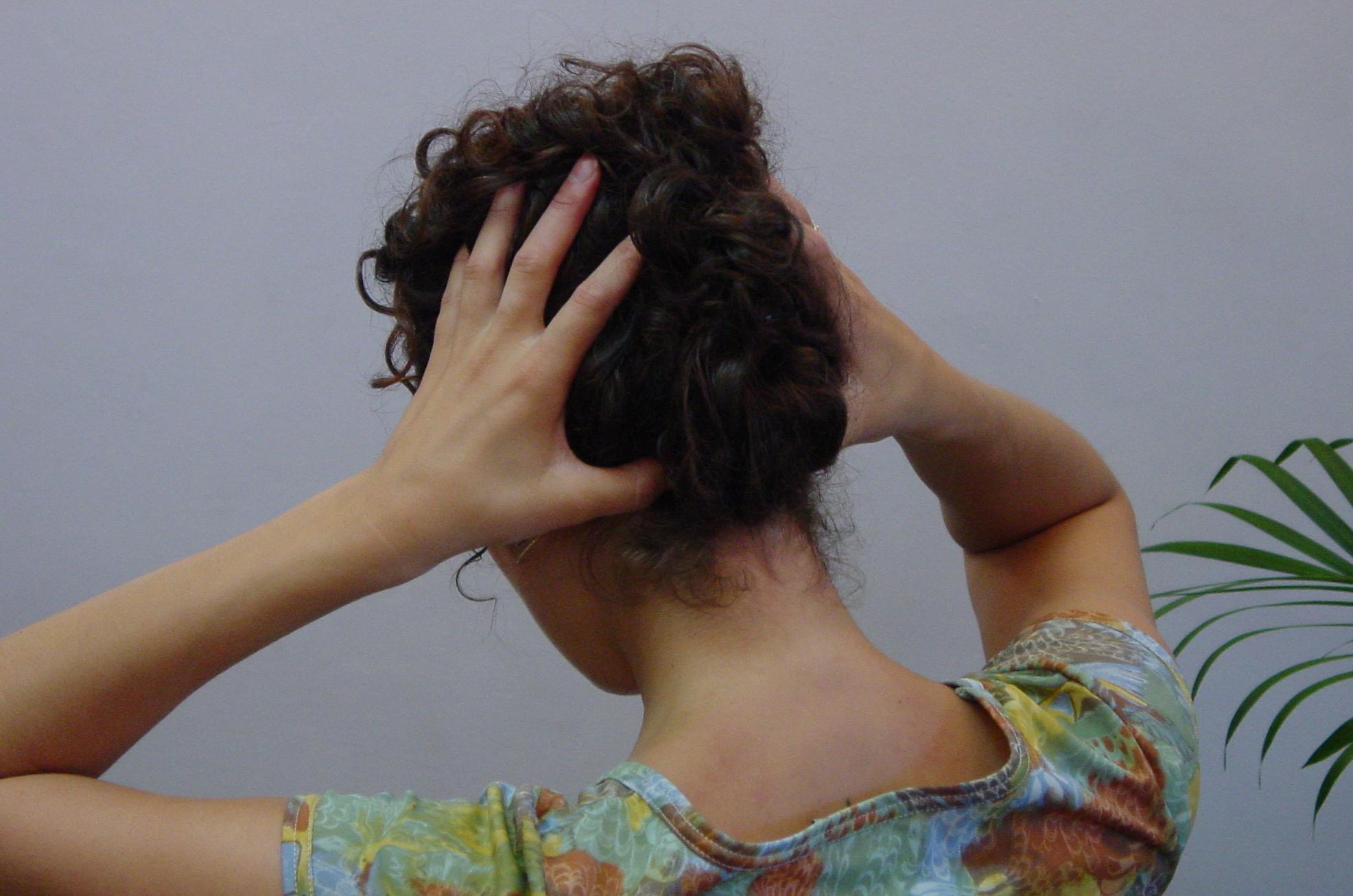 Acupressure Points for Headaches, Stiff Neck & Pain Relief ...